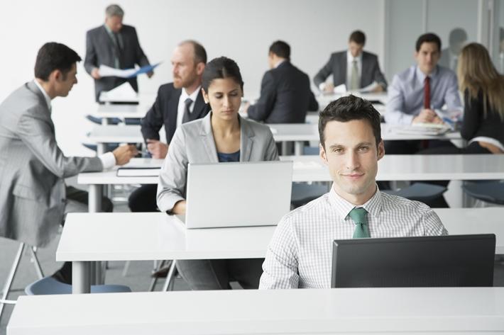 組織で業務マニュアルを作成する